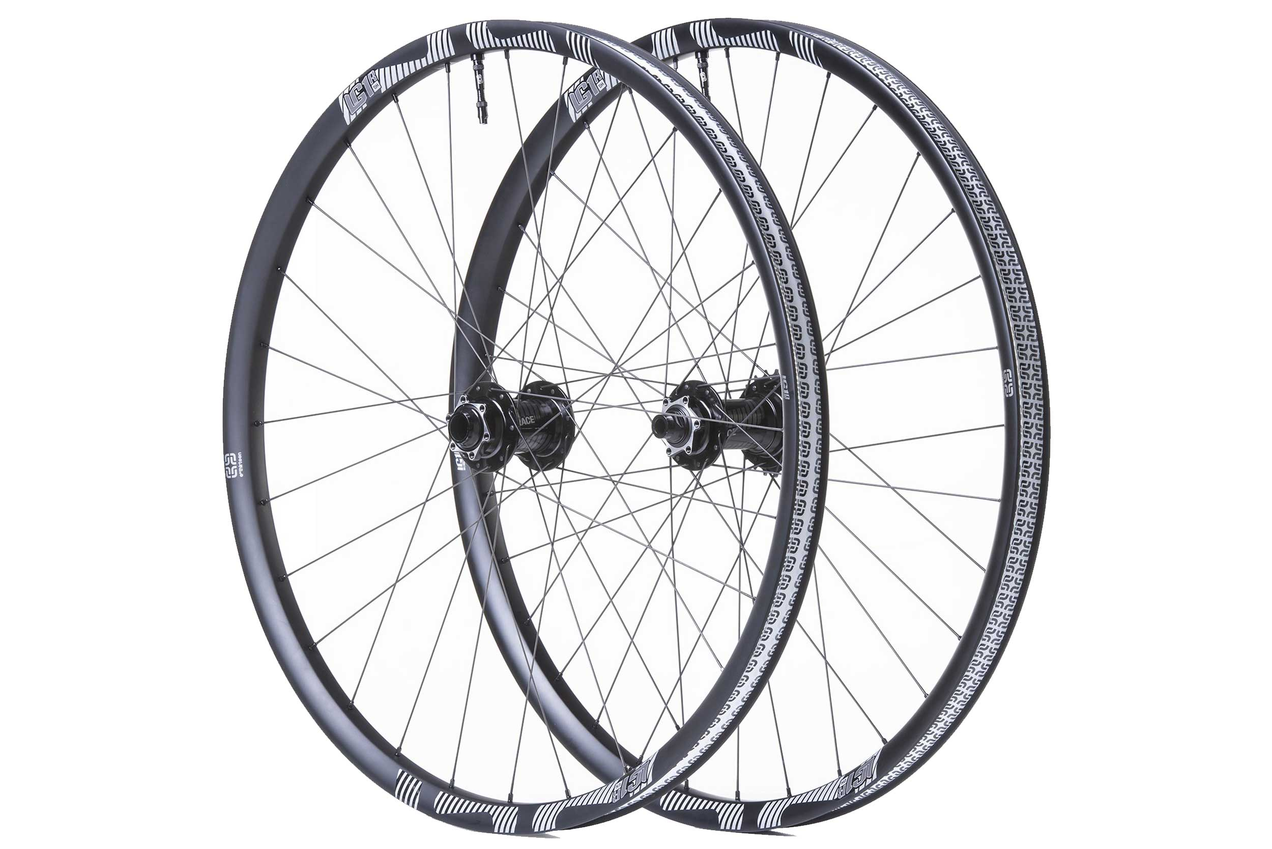 wheels: LG1 carbon/ alloy chain guides: LG1 race carbont check out www.ethirteen.com